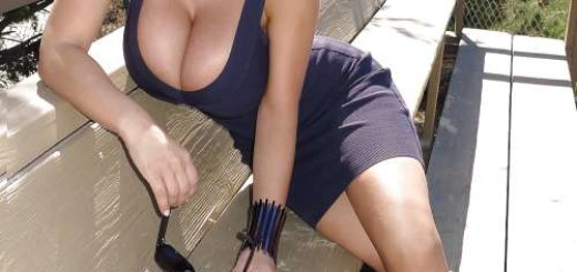 hot babe siting on bench boobs tits